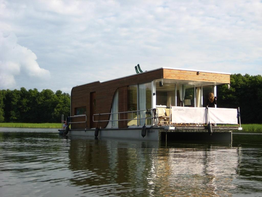 sonniger Tag auf dem Hausboot